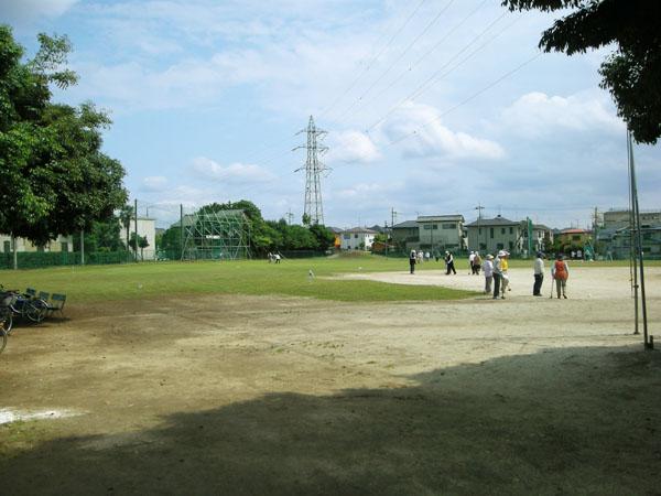 六実スポーツ広場